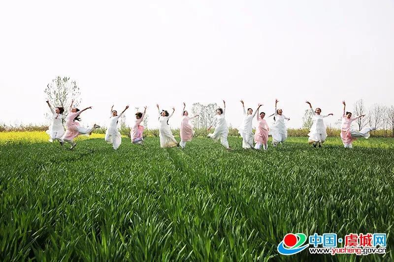 中国·商丘第六届黄河故道湿地花海徒步穿越暨聚焦黄河 故道生态走廊摄影大赛启动仪式在虞城成功举办